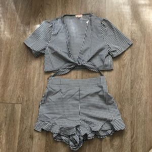 eb44ca7ba032 Hot2own Boutique Pants - Gingham Two piece Set Tie top and ruffle shorts